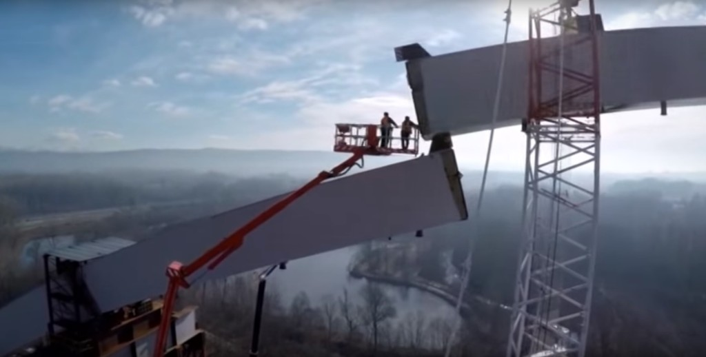 Bronto Skylift 70 mt